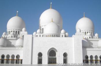 一座比玉石还洁白的清真寺
