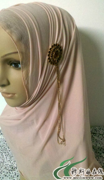 穆斯林女孩纱巾戴法-穆斯林女孩穿裙子图片 穆斯林女孩 回族穆斯林女图片