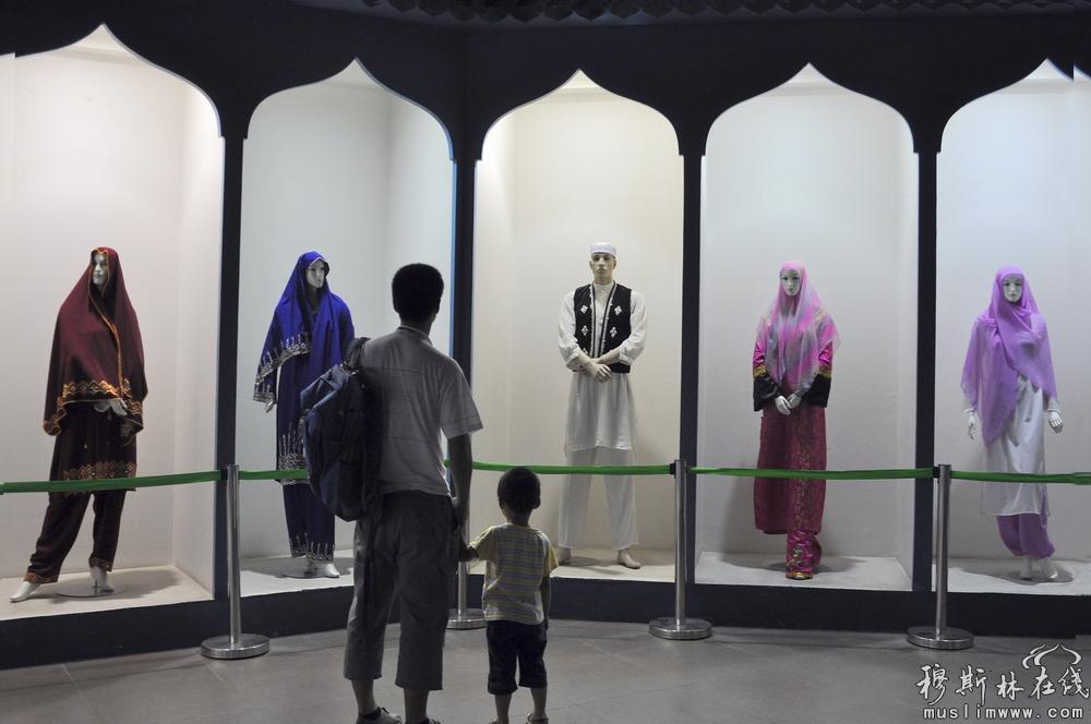 2012中国回族服装服饰摄影大赛三等奖作品