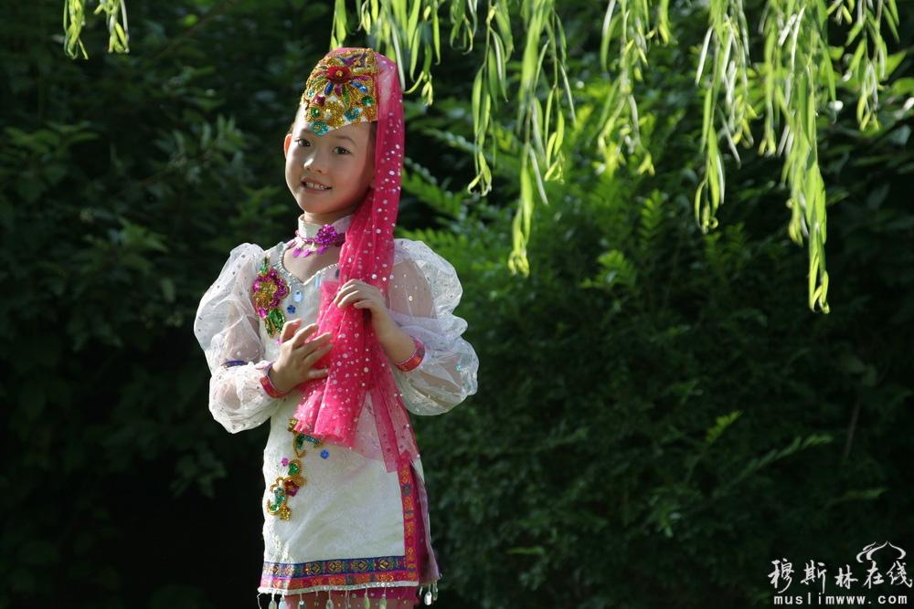 2012中国回族服装服饰摄影入选作品(二)
