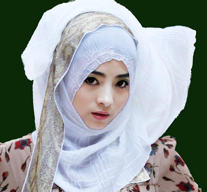 穆斯林少女的时尚服饰