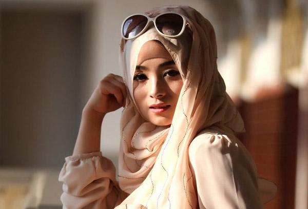 实拍穆斯林少女的服饰