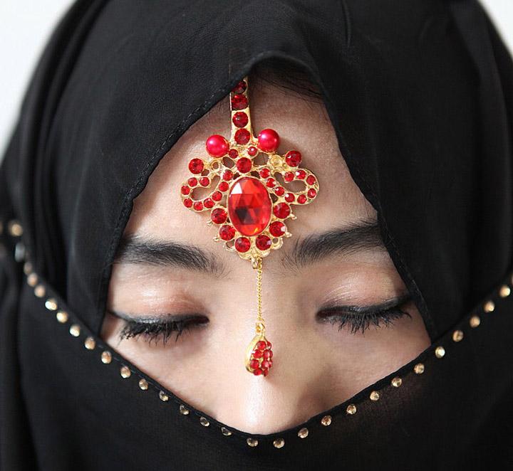 独具特色的穆斯林少女服饰