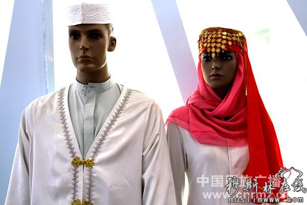 回族的服饰将各种回回花纹
