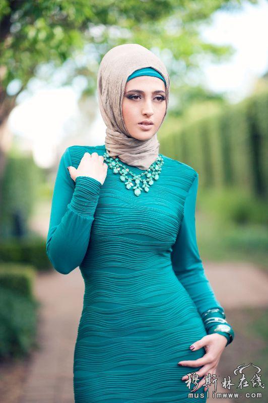 服饰的伊斯兰美女