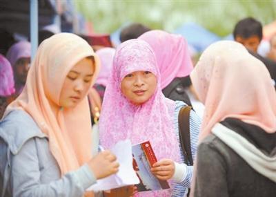 阿拉伯语日渐火热 专家称学习阿语视野应再大些