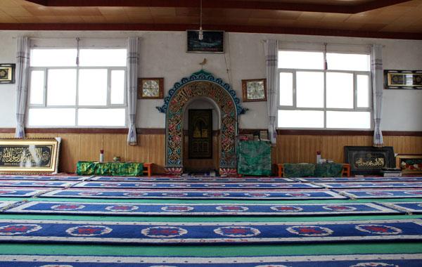 青海民和马营拉吉沟清真寺