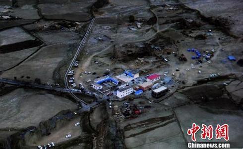 苏宁首批清真食品可望13日早送达新疆地震灾区