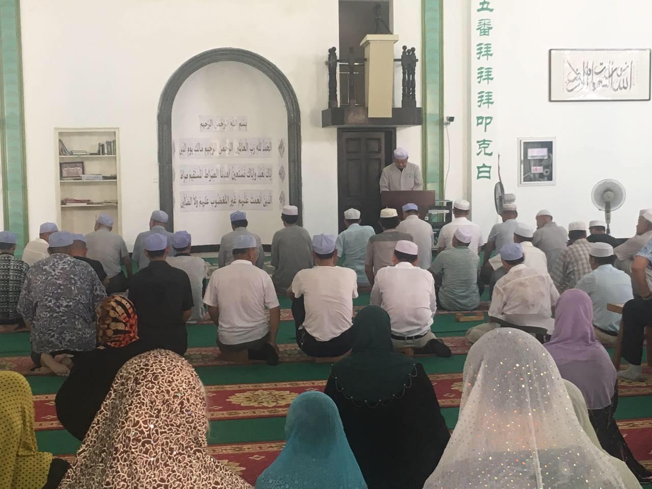 山东枣庄穆斯林来泗阳清真寺参观学习
