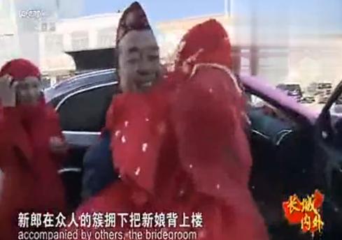 央视记者前往宁夏泾源县,现场采访回族婚礼!