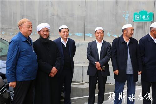 青海穆斯林企业家代表到西宁东关清真大寺祝贺马跃祥阿訇任职