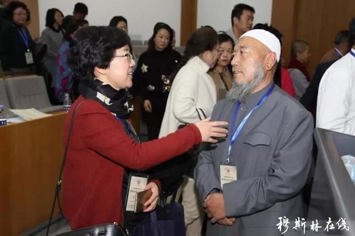 青海回族撒拉族救助会行善14年