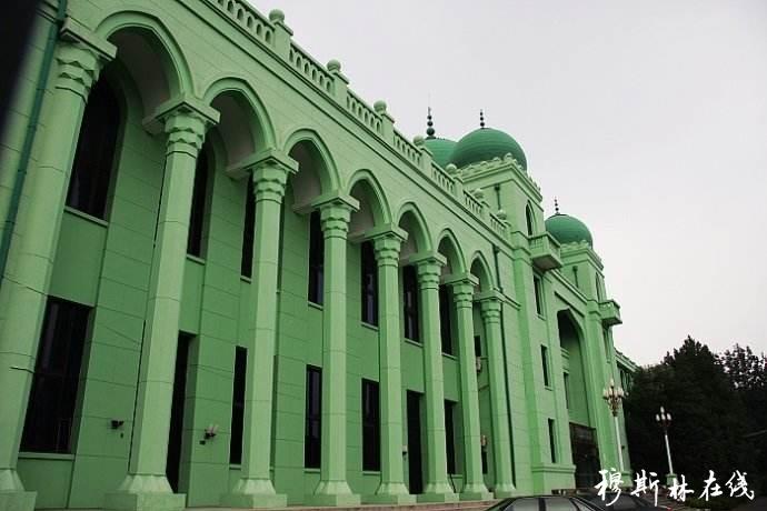 我国伊斯兰教界庆祝新中国成立70周年征稿启事