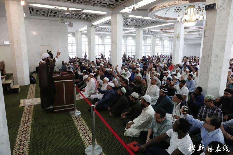4000穆斯林为港祈福 期盼和平